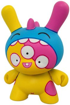 Think MINIONS & MONSTERS Class. I have great stuff to share with my students! And who says a monster can't be cute? Like Kazu by Dolly Oblong. Her  Kidrobot Dunny is custom sculpted and painted with amazing precision.