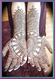 Pakistani Mehndi,Indian mehndi,Arabic menhdi,Mehndi Designs,Mehndi Designs,Women's Hand Ar: Amazing Henna Mehndi Design 2011