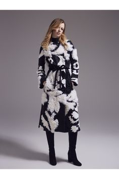 253 meilleures images du tableau Fashion Focus   SHEARLING   Fur ... 5f59f3d66f0