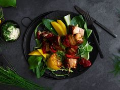 Saftige spareribs | Oppskrift | Meny.no Spareribs, Grilling, Pork, Sweet, Ethnic Recipes, Kale Stir Fry, Candy, Crickets, Pork Chops