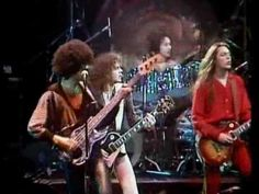 [HQ] Thin Lizzy - The Boys Are Back In Town - Live and Dangerous [HQ] - YouTube