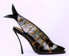 Andre Perugia fish shoe, 1931