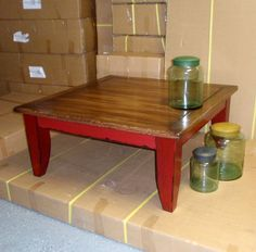 painted coffee table, i painted my coffee table red. i used cece