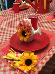 Table setting Red Gingham Daisy