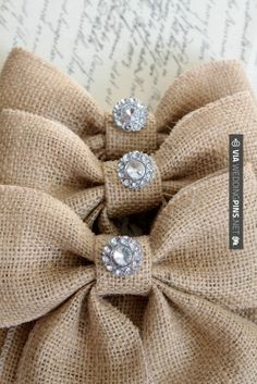 Burlap Bow Ideas | Cool! - Burlap bows with vintage inspired ... | Wedding Ideas for my ...