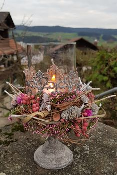 Candle in a glass decoration idea for winter Candle in a glass.Living room decoration idea with a winter Christmas decoration. Outdoor Christmas Decorations, Halloween Decorations, Table Decorations, Modern Christmas, Winter Christmas, Autumn Display, Diy Carpet, Handmade Home, Dried Flowers