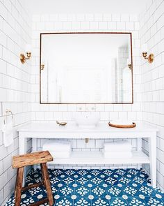 Refresh your home for spring with some new tiles. Well, we tough about this cool and modern renovation for your home and found the most popular six tile trends for this year. Hotel Bathroom Design, Bathroom Interior, Hotel Bathrooms, Basement Bathroom, Design Hotel, Bathroom Designs, Blue Bathrooms, Bathroom Wall, Bathroom Layout