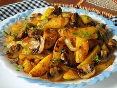 Ratatouille, Potato Recipes, Good Food, Pork, Food And Drink, Potatoes, Cooking, Treats, Ethnic Recipes
