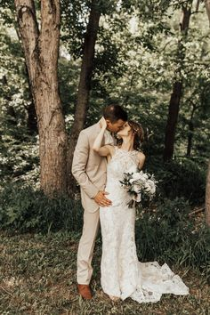 Joy Lynn Photography, St Louis Wedding Photographer, Woodsy Wedding, Wedding Photography #weddingphotography