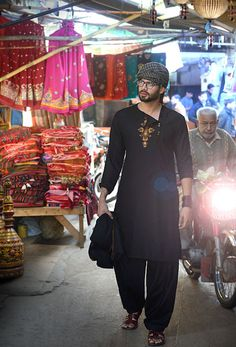 men kurta shalwar by irslan iqbal 12
