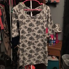 Selling this Floral dress in my Poshmark closet! My username is: kbrune2016. #shopmycloset #poshmark #fashion #shopping #style #forsale #Wet Seal #Dresses