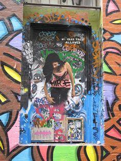 Some Girls (Street Art en Melbourne)