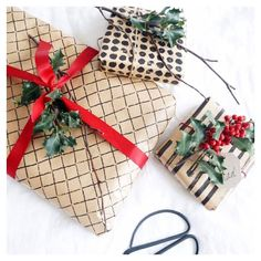 Christmas wrapping idea #DIY #christmaswrapping #wrapping
