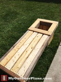 DIY Planter Bench   MyOutdoorPlans   Free Woodworking Plans and Projects, DIY Shed, Wooden Playhouse, Pergola, Bbq