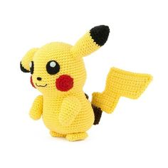 I had to crochet the most famous Pokemon of them all: Pikachu! Also think it's one of the cutest Pokemon. This amigurumi pattern is FREE. Crochet Pikachu, Pokemon Crochet Pattern, Crochet Patterns, Pikachu Pikachu, Crochet Pig, Make Your Own Pokemon, Universal Yarn, Crochet Fall, Cute Pokemon