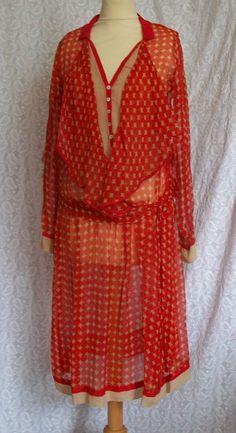 1920s day dress - red silk chiffon 20s Dresses, Vintage Dresses, Vintage Outfits, Elsa Schiaparelli, 1920s Fashion Women, Vintage Fashion, Art Deco Fashion, Fashion Design, Period Outfit