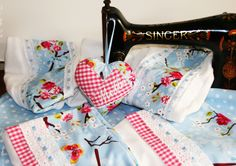 Baby Sheets, Pip Studio, Baby Room, Sewing, Kite, Baby Things, Hearts, Dressmaking, Couture