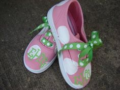 cuteness...monogrammed polka dot painted shoes. Solid color, paint on polk a dots, monogram!! Making theses for Piper and Charleigh!