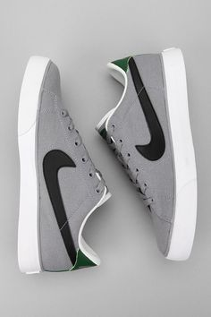 Can't go wrong with canvas Nike's