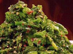 Lemon Broccoli Rabe recipe from Aaron McCargo Jr. via Food Network Rappini Recipes, Garlic Recipes, Side Dish Recipes, Vegetable Recipes, Food Network Recipes, Vegetarian Recipes, Healthy Recipes, Side Dishes, Healthy Meals