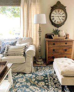 DIY Home Decor, run down these pointer one will require to finish your DIY home decorating. Check out inspiring home decor signs article number 6438960873 today. Home And Living, Decor, Living Room Decor, Family Living Rooms, Home, Interior, Lamps Living Room, Farm House Living Room, Warm Home Decor