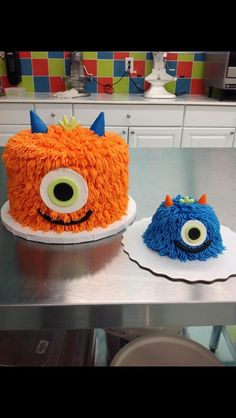 Cute monster cakes
