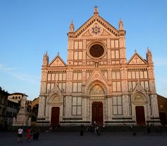 Basilica di Santa Croce, Florence, Italy | lettucetakeatrip.com
