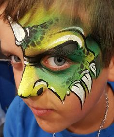 Face Painting Designs, Paint Designs, Dragon Face Painting, Aliens, Dragons, Faces, Projects, Ideas, Carnival