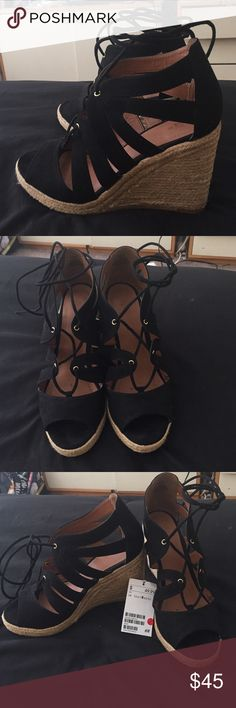 Espadrilles H&M - must go, do an offer! Black - too big for me - feel free to do an offer!! - heel 4 inch H&M Shoes Espadrilles