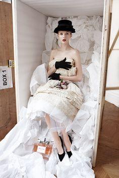 Diorの軌跡をたどる展覧会「エスプリ ディオール」銀座で開催 | ニュース - ファッションプレス