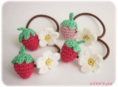 #amigurumi #amigurumidoll #crochet #crochetdoll #crochetgarland #yarn #knitting #crochetting #craft #amigurumicrochet #amigurumipattern #crochetmini #crochetpattern #crochetjapan Crochet Gifts, Diy Crochet, Crochet Doilies, Crochet Baby, Crochet Hair Clips, Crochet Hair Styles, Crochet Earrings, Crochet Hair Accessories, Handmade Accessories