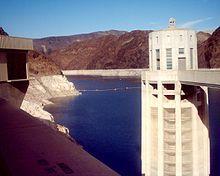 Lakemeadnevada - Mojave Desert - Wikipedia, the free encyclopedia Lake Mead, Mojave Desert, Willis Tower, Golden Gate Bridge, Places Ive Been, Deserts, California, Building, Travel