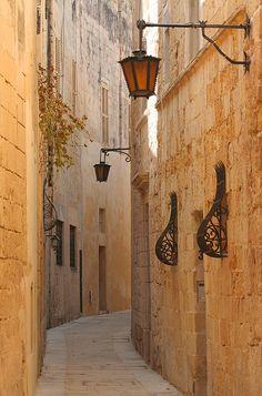 Narrow street; Mdina, Malta by foxypar4, via Flickr