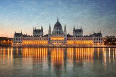 "https://flic.kr/p/cpBM65 | Budapest Parliament | <b><a href=""http://thefella.com"" rel=""nofollow"">TheFella</a> | <a href=""http://thefellaphotography.com"" rel=""nofollow"">Portfolio</a> | <a href=""http://vimeo.com/channels/tfp"" rel=""nofollow"">Vimeo</a> | <a href=""http://twitter.com/thefella"" rel=""nofollow"">Twitter</a> | <a href=""http://www.facebook.com/fellaphotos"" rel=""nofollow"">Facebook</a> | <a href=""http://500px.com/thefella"" rel=""nofollow"">500px</a> | <a…"