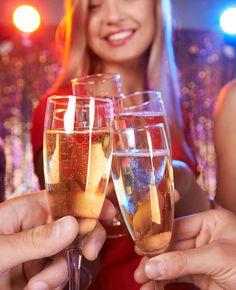 Flair is benieuwd! Het nieuwe jaar is aangebroken, maak jij dit jaar goede voornemens? Deel ze met ons onder dit artikel. Wie weet lees je jouw reactie dan wel terug in @Flair. Tips om nieuwjaarsdag fris en fruitig te beginnen … | Flairathome.nl #FlairNL