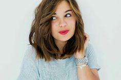 Still obsessing over this wavy blunt bob and bold lips.