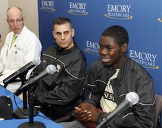 Tom Walter, the head coach of baseball at Wake Forest, donated his kidney to one of his players.