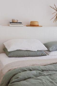 Small Room Bedroom, Home Bedroom, Bedroom Decor, Bedroom Modern, Modern Room, Bedrooms, Home Decor Styles, Cheap Home Decor, Home Decor Accessories