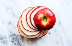 Snack de maça com pasta de amendoim, amêndoas e chocolate: https://www.casadevalentina.com.br/blog/SNACK%20DE%20MA%C3%87%C3%83%20COM%20PASTA%20DE%20AMENDOIM%2C%20AM%C3%8ANDOAS%20E%20CHOCOLATE ---------------------------------------  apple snack with peanut butter, peanut butter and chocolate: https://www.casadevalentina.com.br/blog/SNACK%20DE%20MA%C3%87%C3%83%20COM%20PASTA%20DE%20AMENDOIM%2C%20AM%C3%8ANDOAS%20E%20CHOCOLATE
