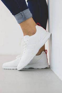 Smooth Core White ADIDAS ZX Flux