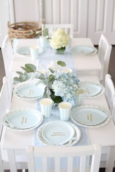 Classic Blue and White Little Boy First Birthday Classic Blue and White Little Boy - Table Settings Blue Birthday Parties, Baby Boy 1st Birthday Party, Birthday Party Tables, Birthday Ideas, Birthday Table Decorations, Lumberjack Birthday Party, First Birthdays, Table Settings, Classic
