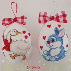Crochet Baby Mobiles, Cross Stitch Finishing, Cross Stitch Heart, Cross Stitching, Happy Easter, Cross Stitch Patterns, Sewing Crafts, Valentines, Embroidery