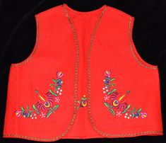 For multiple purchases, please ask for a quote on combined shipping cost! New hungarian hand embroidered red Matyo floral wool vest. New condition. No stains, holes. Size EU UK Size: Length: / Chest: / 19 Dry clean only. I ship worldwide. Silk Coat, Vintage Jewelry Crafts, Hungarian Embroidery, Wool Vest, Straight Stitch, Embroidery Techniques, Chain Stitch, White Fabrics, Hand Crochet
