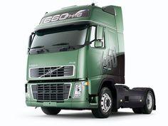 camion verde Volvo Trucks, Cool Trucks, American, Cars, History, Vehicles, Design, Fifth Wheel, Roads