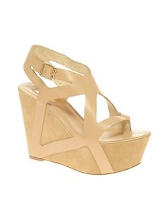 Report Signature Ainslie Platform Wedge Sandal - €320.50 from ASOS