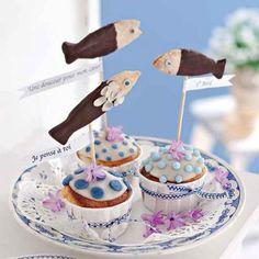 Des muffins décorés de poissons en chocolat / Muffins decorated with chocolate fishes