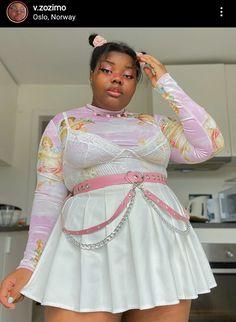 Curvy Girl Outfits, Edgy Outfits, Fashion Outfits, Rainbow Fashion, Curvy Fashion, Annie, Alternative, Goth, Outfit Ideas