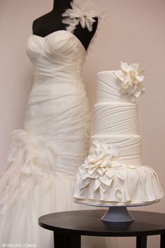 Fashion Inspired Cake by Intricate Icings Cake Design |  TheCakeBlog.com. What a good idea!