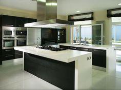 cocina moderna blanca y negra