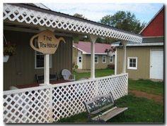Mini Mills Fiber Store and Teahouse - PEI